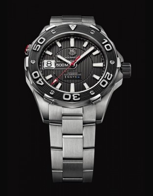 AQUARACER 500M Calibre 5 ORACLE TEAM USA Edition Limitée