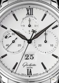 Senator Chronograph Panorama Date - steel strap