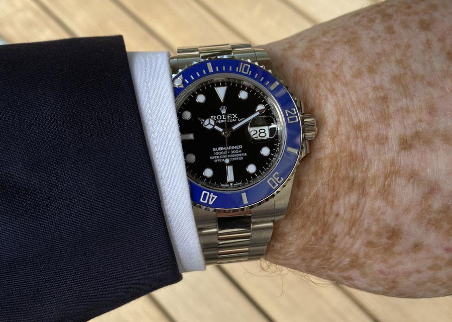 La Rolex Submariner en costume de ville