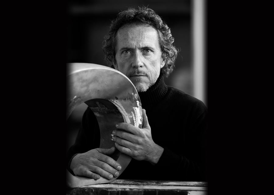 L'artiste joaillier Philippe Guilhem