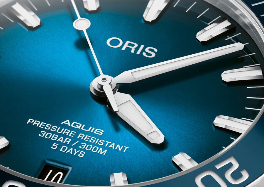 Oris Aquis Date Calibre 400