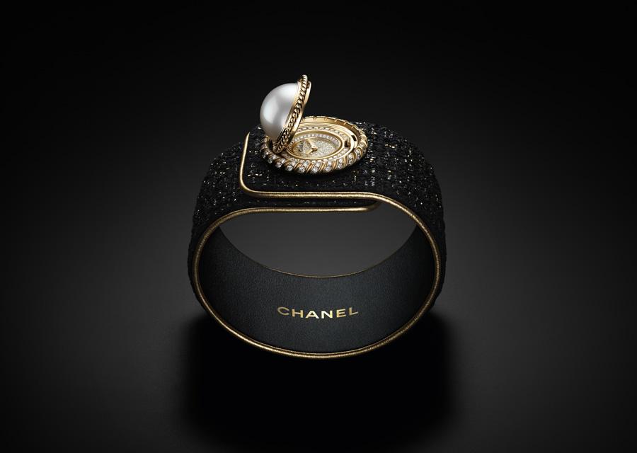 La montre Mademoiselle Privé Bouton de Chanel