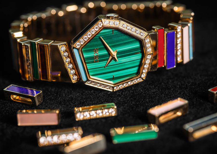La montre au cadran en malachite de la collection haute joaillerie de Dior