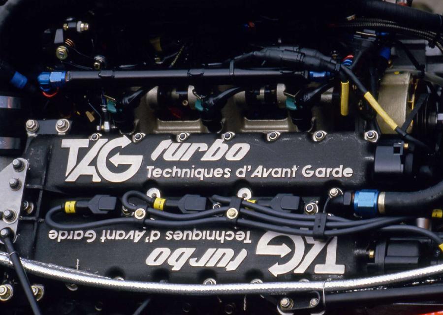 Le moteur TAG Porsche des années 1980 -crédit-photo-racefans.net