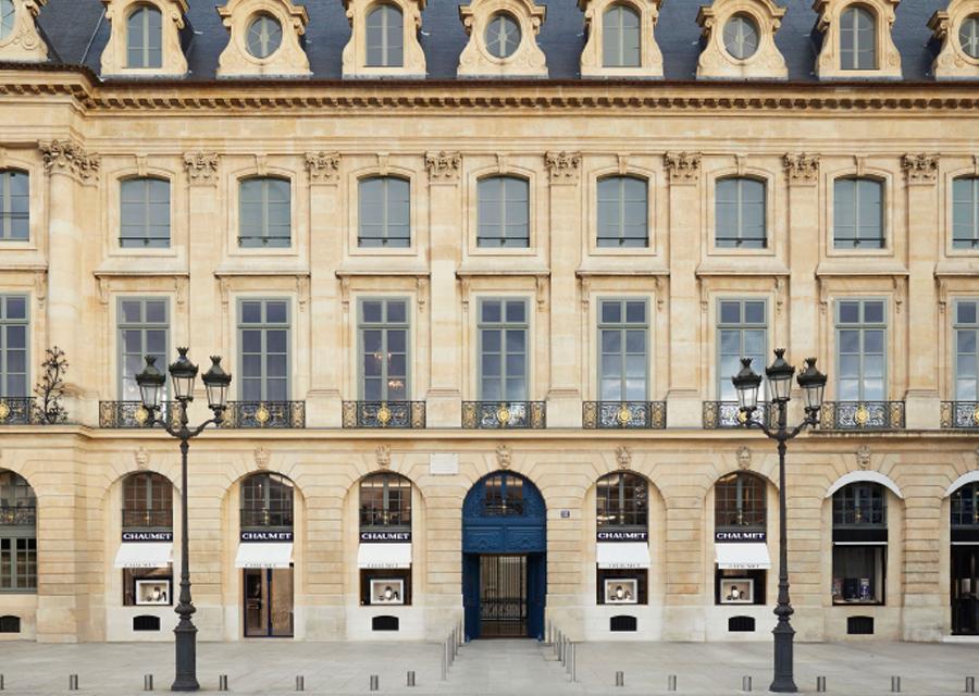 La boutique historique de Chaumet située au 12 place Vendôme à Paris