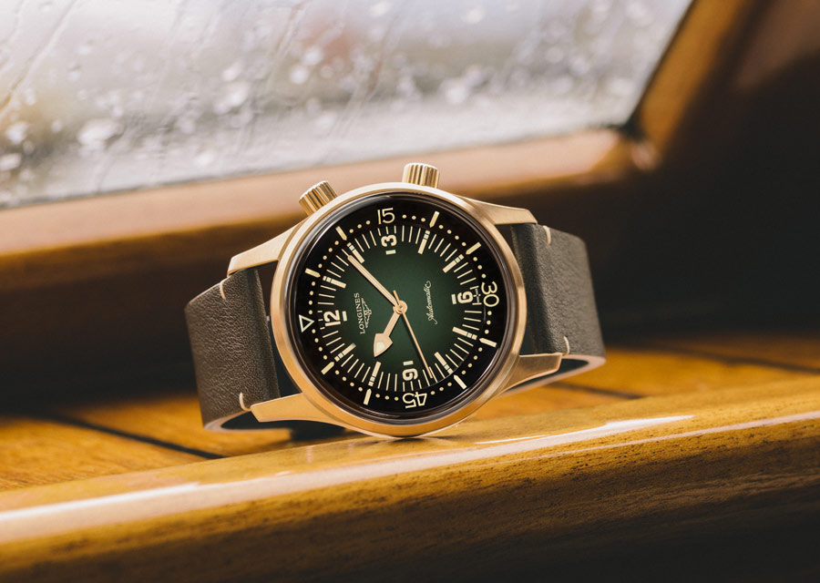 La montre en bronze Longines Legend Diver Watch est doté d'un mouvement automatique à spiral en silicium amagnétique