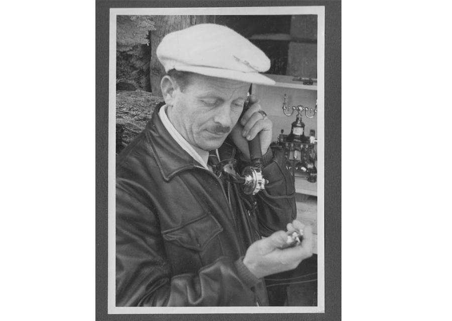 Tissot a effectué en 1938 son premier chronométrage sportif lors d'un championnat international universitaire de ski disputé en Suisse