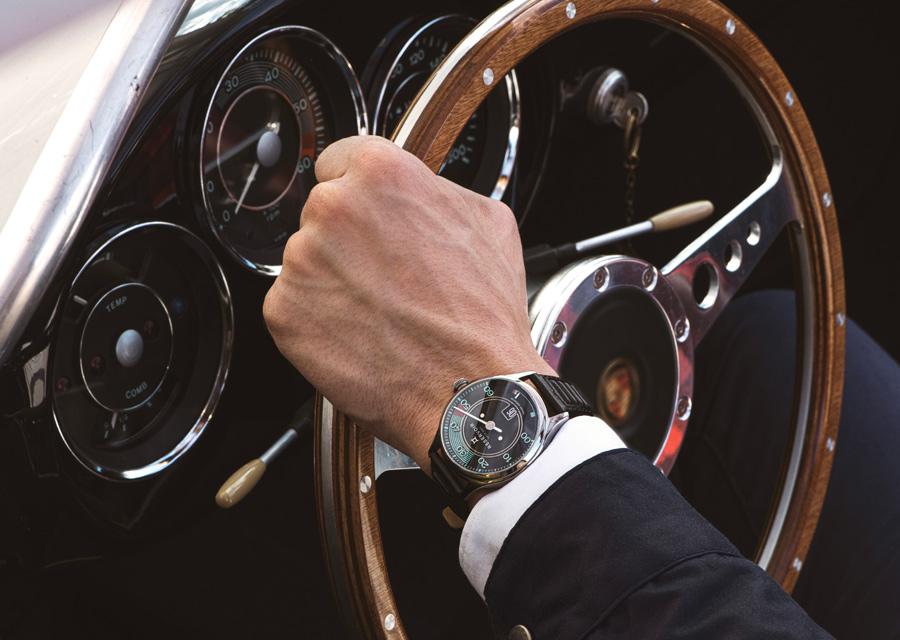Les montres Reservoir sont directement inspirée de l'automobile avec leur cadran conçu à limage d'un tableau de bord