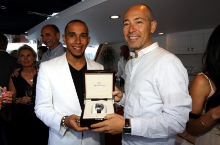 Lewis Hamilton presents the one-off Monaco Mikrograph