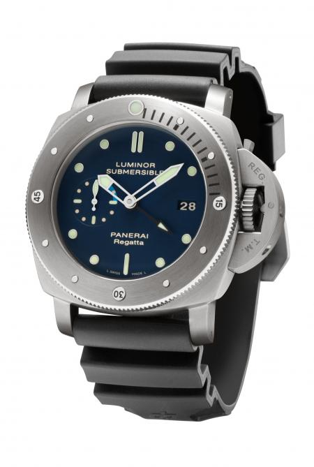 The Luminor Submersible 1950 Regatta 3 Days GMT Automatic Titanio - 47 mm, creates to celebrate The Meditarranean Circuit of The Panerai Classic Yachts Challenge 2011.