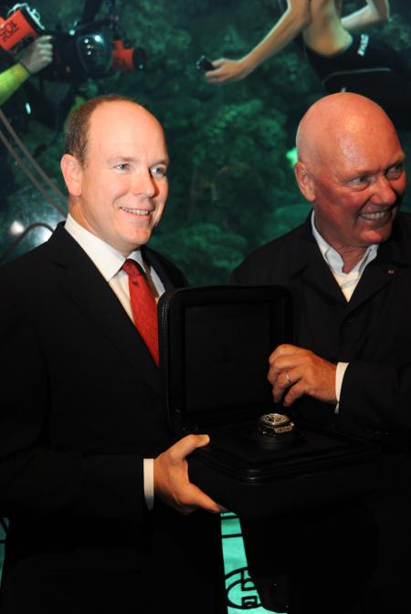 S.A.S. Le Prince Albert II de Monaco and Jean-Claude Biver, CEO of Hublot with the incredible diver's watch Oceanographic 4000 ©Cyrille Margarit - Artman Agency