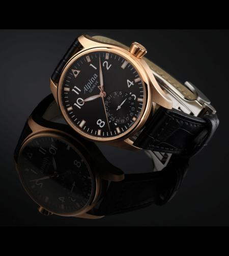 The watch Alpina sold to benefit the Children's Heart Foundation: the Startimer Pilot Manufacture in a pink gold version.