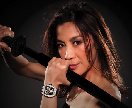 The passion for watches has brought Michelle Yeoh to Richard Mille, who asked her created a feminine watch. ©Renaud Corlouer