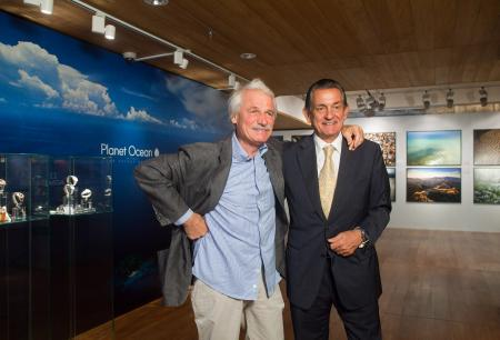 The photographer Yann Arthus-Bertrand with Stephen Urquart, OMEGA Président.