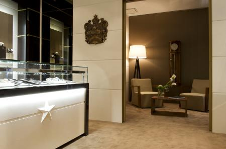 Zenith boutique in Geneva : interior view.