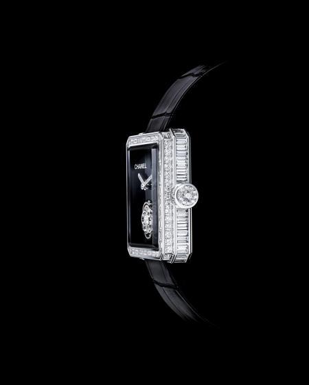 Chanel Première Flying Tourbillon watch. Profil