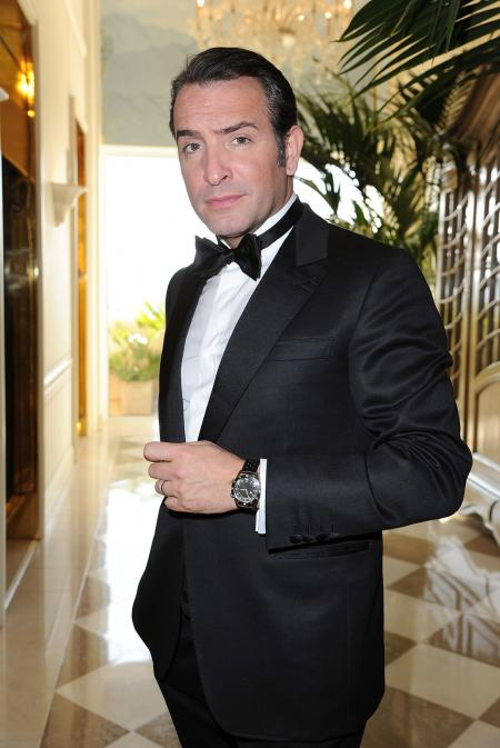 Jean Dujardin wearing Jaeger-LeCoultre Memovox Tribute To Deep Sea at Oscars 2012 © Pascal Le Segretain/WireImage