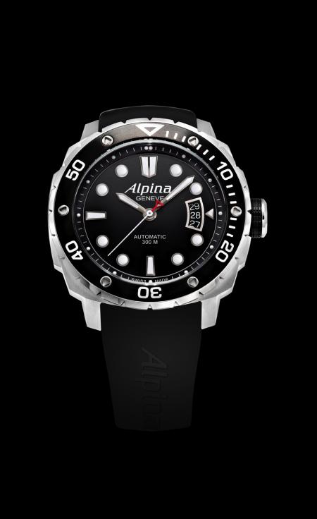 The Alpina Extreme Diver : a diver's watch water resistance of 300 meters.