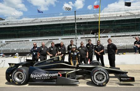 Jean Alesi with his Lotus and the Fan Force United Team at Indianapolis.