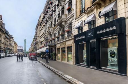 The first IWC parisian boutique is 15 rue de la Paix.
