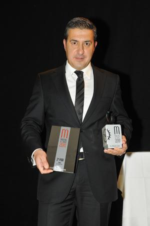 Antonio Calce CEO of Corum receives the two awards Women's watch of the year 2010 and 3rd Prize of the Jury