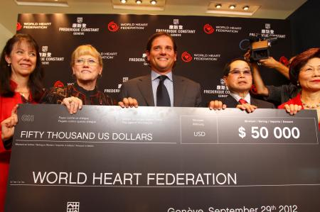 Ralph Simons, Frédérique Constant US President, made a donation check of 50, 000 dollars at The World Heart Federation.