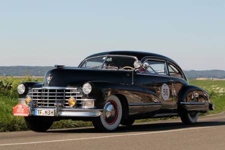 1942 Cadillac Series 62 Sedan. Overall winner of the 21st RAID SUISSE – PARIS and inspiration for the design of the Oris RAID 2012 Chronograph Limited Edition.