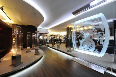 The Richard Mille boutique at the Grand Hyatt Singapore : a showroom covering 200 m2.