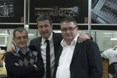 Mr. Vincent Calabrese, Mr. Antonio Calce, CEO and partner of Corum, and Mr. Laurent Besse of Corum's movement Research & Development department. ©Schiller-myimage