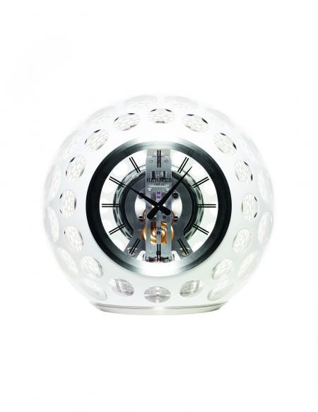 The ATMOS Hermès clock. Face view. ©Guido Mocafico