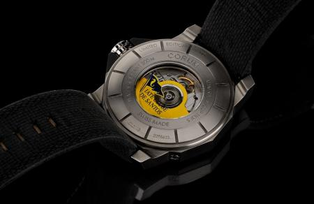 The caseback of the Admiral's Cup Seafender 48 Tides Iate Clube de Santos