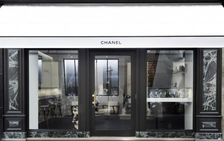 Chanel pop-up store dedicated to the Première watch