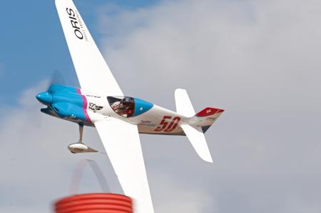 Don Vito in the Scarlett Screamer of the Swiss Air Racing Team sponsored by Oris flew at an average speed of 240mph around Reno's complicated