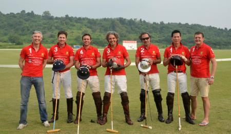 David Savage, Richard Cameron (Senior Vice President at Asia World Polo), Patrick Furlong (Team Manager), Raphael le Manse De Chermont, Aron Harilela, Kwan Lo, Marco Kaster