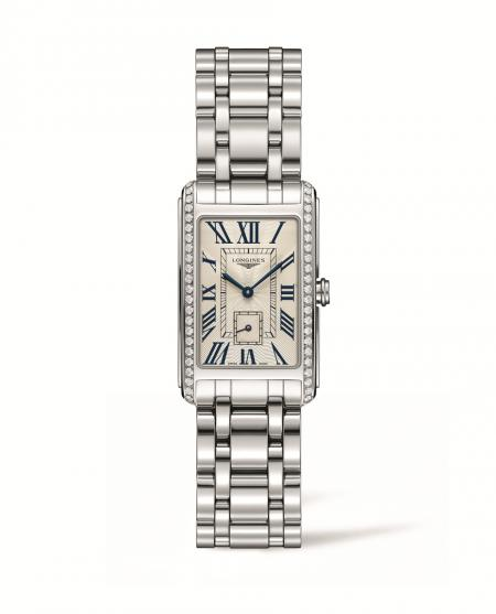 The Longines DolceVita, the Official Watch of the Prix de Diane Longines 2015
