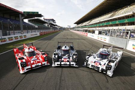 The three Porsche 919 Hybrid