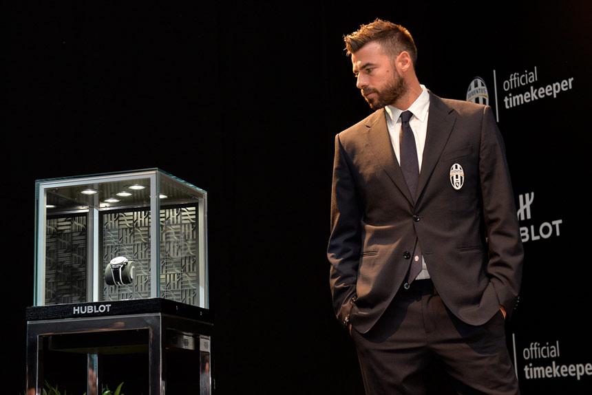 Big Bang Unico Bi-Retrograde Juventus - Andrea Barzagli ©LaPresseBig Bang Unico Bi-retrograde Juventus - Andrea Barzagli ©LaPresse