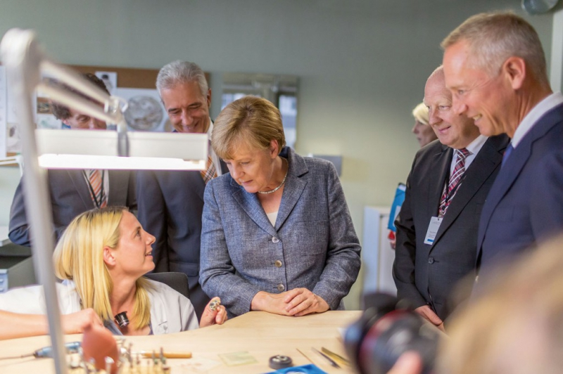 A. Lange & Söhne inaugurates its new building with Angela Merkel