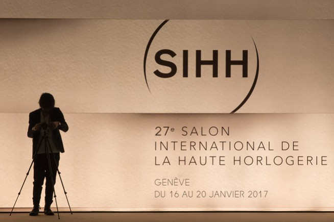 The SIHH increases