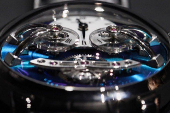 MB&F LM2 Titane : love at the first sight