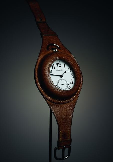 "Watch with ""Porte-oignon"" strap, around 1912"