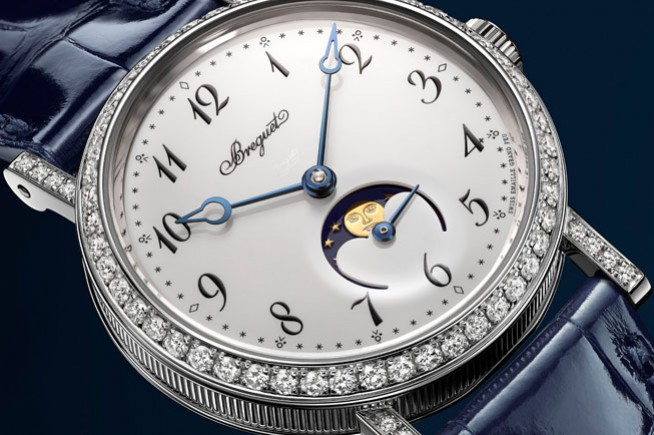 Baselworld 2016, a chic and classic Breguet watch with moon phase